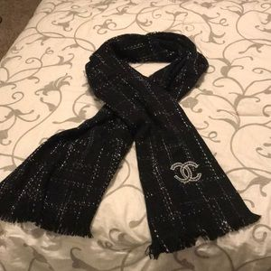Authentic Chanel Cashmere scarf, shawl, wrap